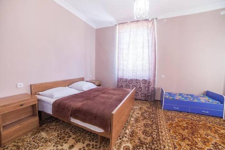 Гостевой Дом, Gori sweet home