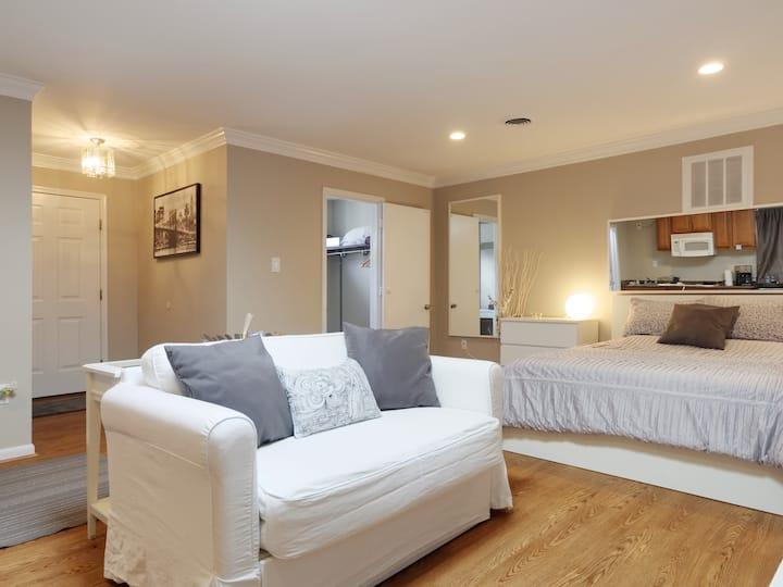 Cozy, private, comfortable space