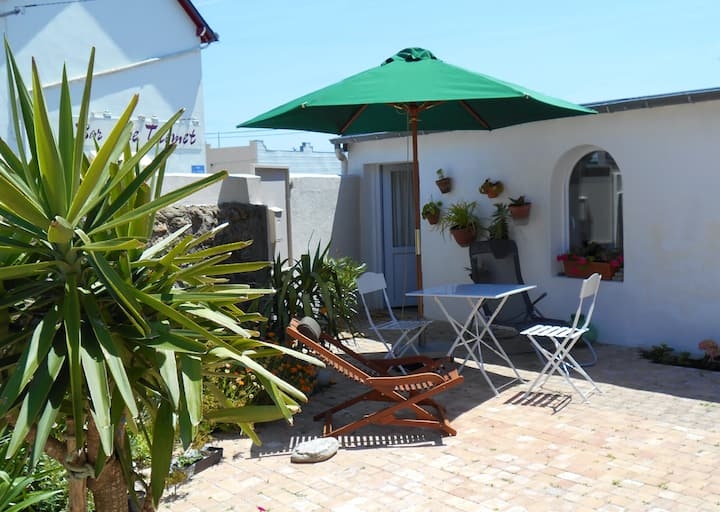 House with one bedroom in Batz-sur-Mer, with enclosed garden and WiFi - 3 km from the beach