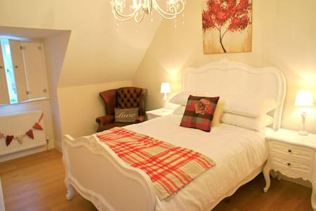 Oyster Bed Cottage, Whitstable - Whitstable - House