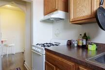 Sunny, spacious 1BR in Capitol Hill