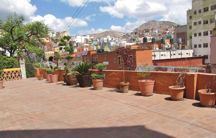 Cozy mexican loft with a terrace! - Guanajuato - Apartamento