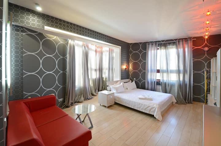 Top floor Grey double room with Jacuzzi ID153