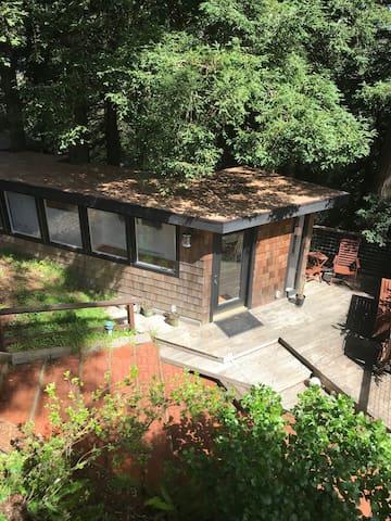 Serene House in Muir Woods