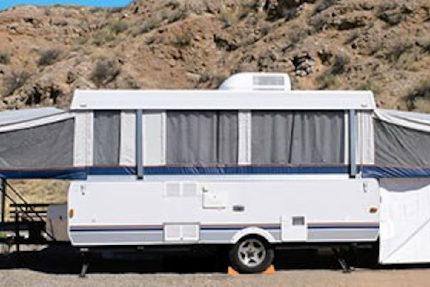 RV Park and Camping in quiet place of Sonora Desert.