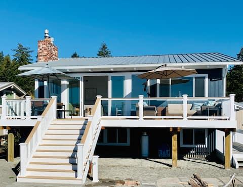 The Coast House! Breathtaking Views on the Beach!