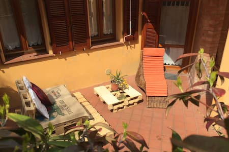 Sunny Apartment with Lounge Garden - Falconara Marittima - 公寓