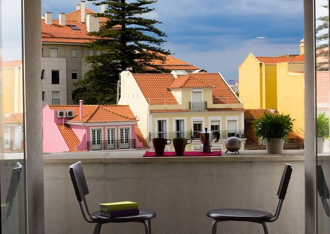 Historical Lisbon with Parking! - Lissabon - Huis