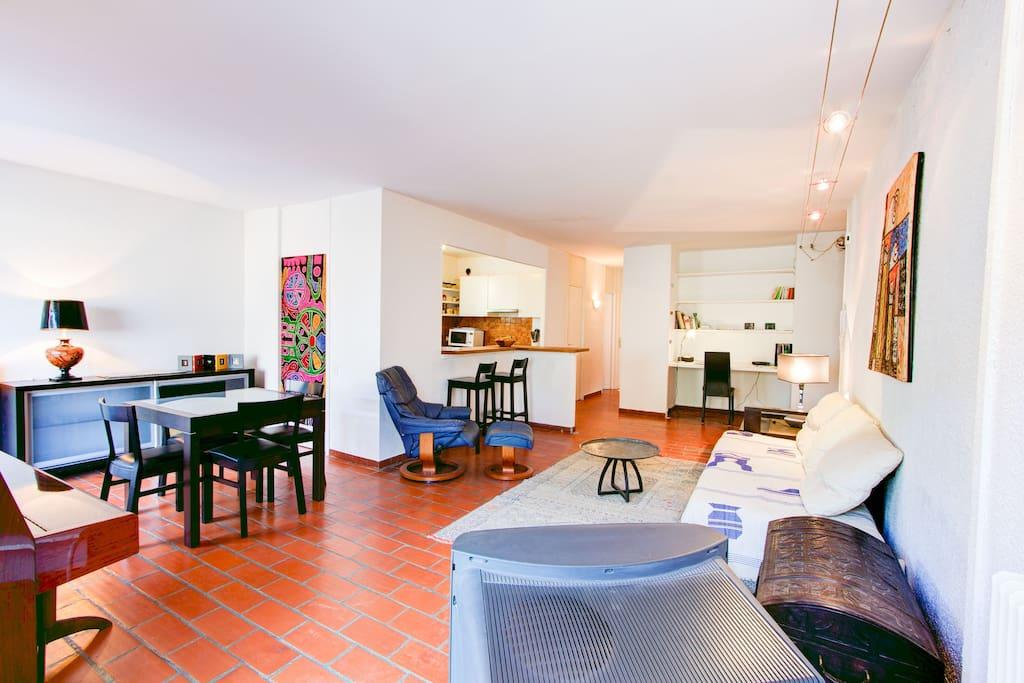 la torse calme terrasse garage appartements louer aix en provence provence alpes c te d. Black Bedroom Furniture Sets. Home Design Ideas
