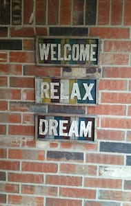 Welcome, Relax, Dream - Edmond - Hus