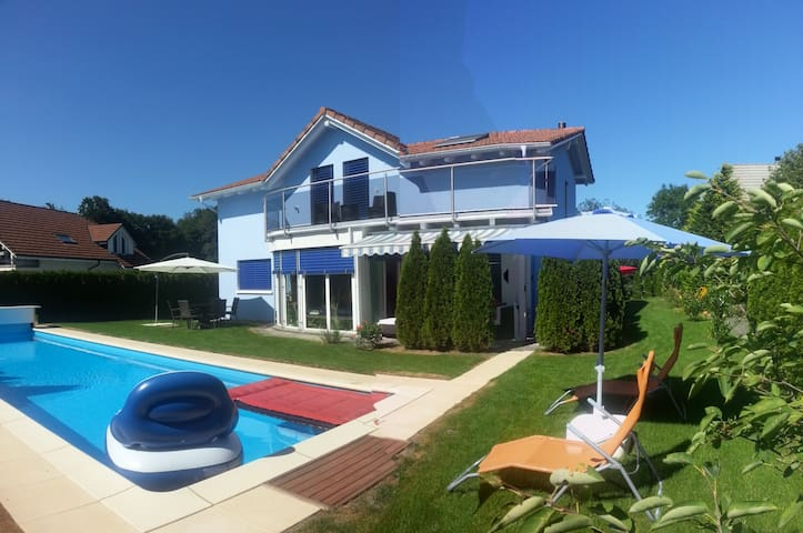 Villa near Zurich with pool - Dottikon - Talo