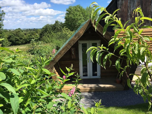 Luxury glamping pod with hot tub in the country