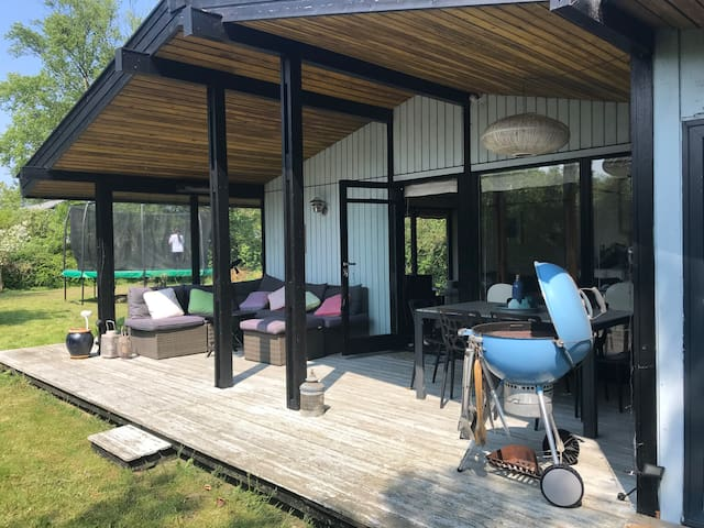 Family friendly summercottage by the beach