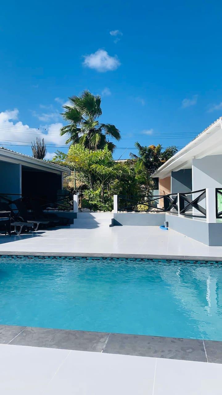 Tin Appartementen Curacao