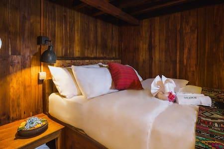 Deluxe Cozy Cabin Sumba