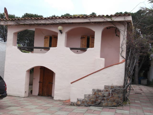 la casina rosa a 150 mt dal mare - Budoni - Apartemen