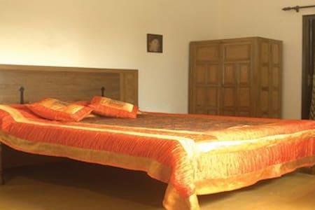 Aashray, The heaven - Dehradun - Bed & Breakfast