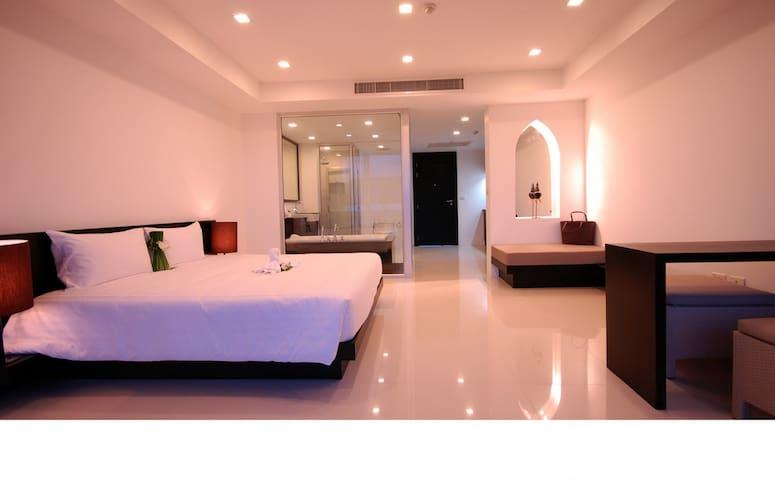 Phuket Bike Resort (1bedroom Studio) - Tambon Choeng Thale - Lägenhet