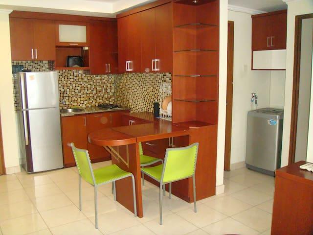 2BR Apartment at great location - low rate! - Território da Capital Jacarta - Apartamento