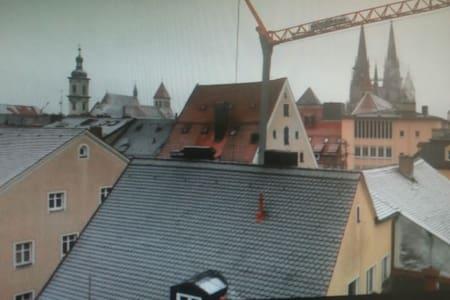 Altstadtwohnung zentral - Regensburg