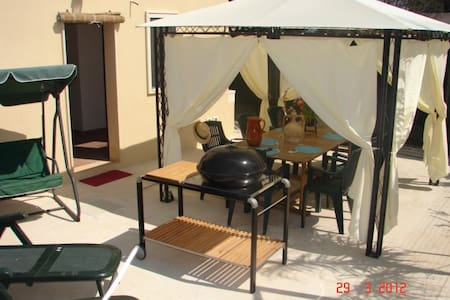 Seaside House for 3/4 people - Serranova - Casa