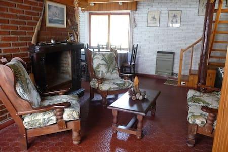 PINAMAR  Casa  a  150 mts del mar - Ostende
