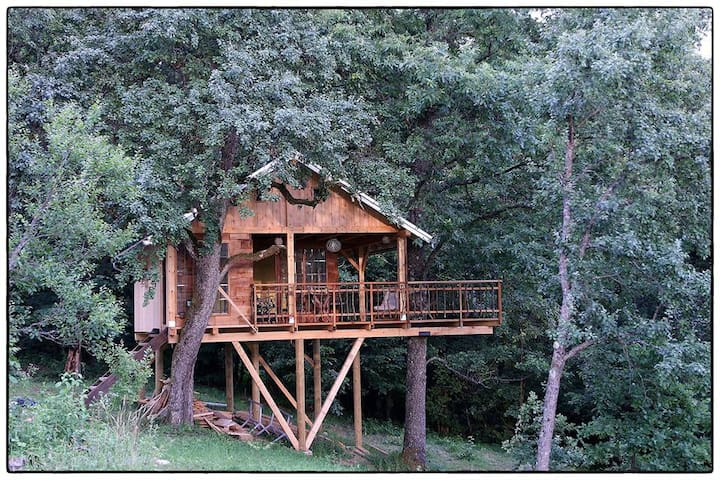 Treehouse Resnice - Cerovac Barilovićki