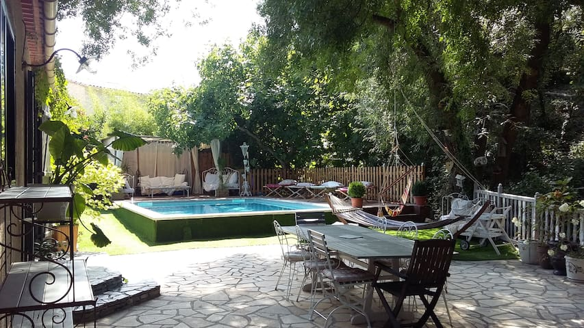 Maison de charme avec piscine - Montarnaud - Huis