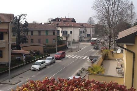 Comodissimo per Milano Expo 2015 - Zelo Buon Persico