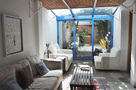 Great location apt with a relax garden. - 멕시코시티