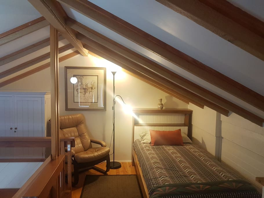 Upstairs in the loft there is a comfortable single bed available for a 3rd person for a small additional cost.