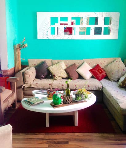 Cozy Room in a colorful house - Mexiko-Stadt - Haus