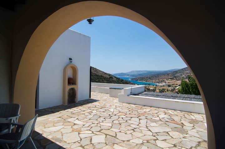 Panormos Villa Naxos