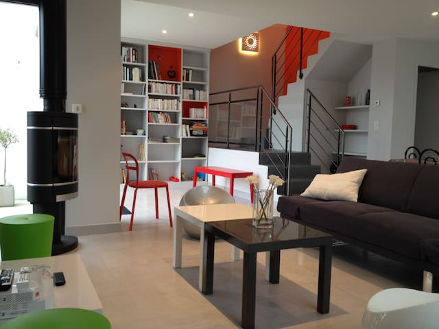 Architect House 0.6km from beaches - Trebeurden - Huis