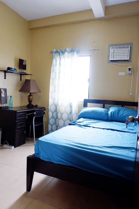 'Room Uno' can accommodate one (1) to two (2) guests. Bed size is Small Double Bed (48x75in)