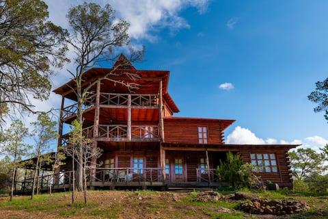 Hermosa Cabaña en Bosques de Montesión
