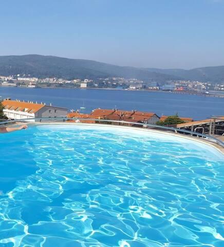Apartamento con piscina y a un paso de la playa