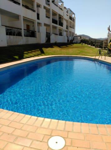 Apartamento en la Alpujarra con piscina - Ugíjar