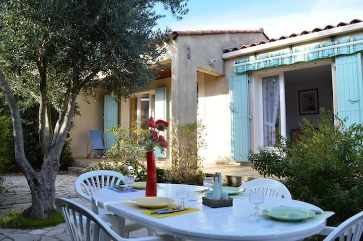 Villa de 60m2 avec terrain de 250m2 - Bormes-les-Mimosas - Casa