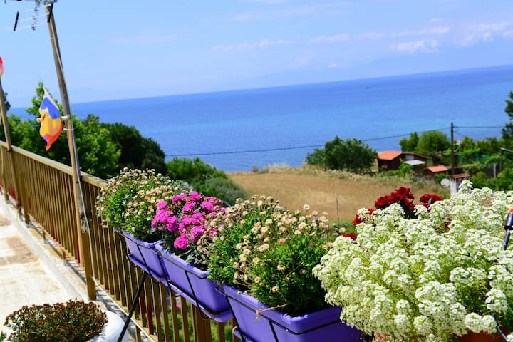 "Romantic penthouse on the seaside ""Olympos Sunset"" - Nea Michaniona - Appartement"