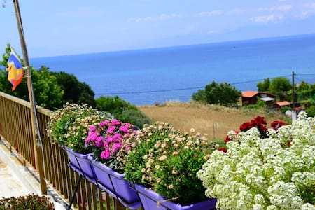 "Romantic penthouse on the seaside ""Olympos Sunset"" - Nea Michaniona"