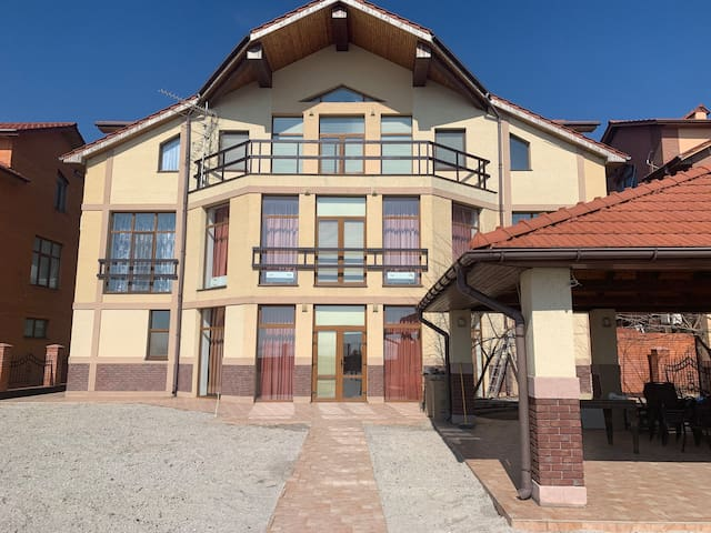 Marine Villa Koblevo