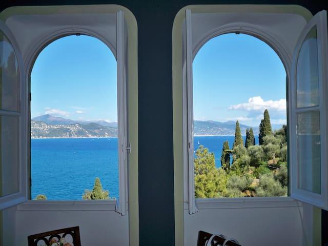 A Tower In Portofino - Over The Sea - Portofino - Ev
