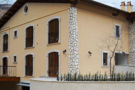 Appartamento 8 posti letto - Villetta Barrea