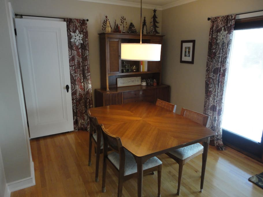 Dining room table can accommodate up to six people