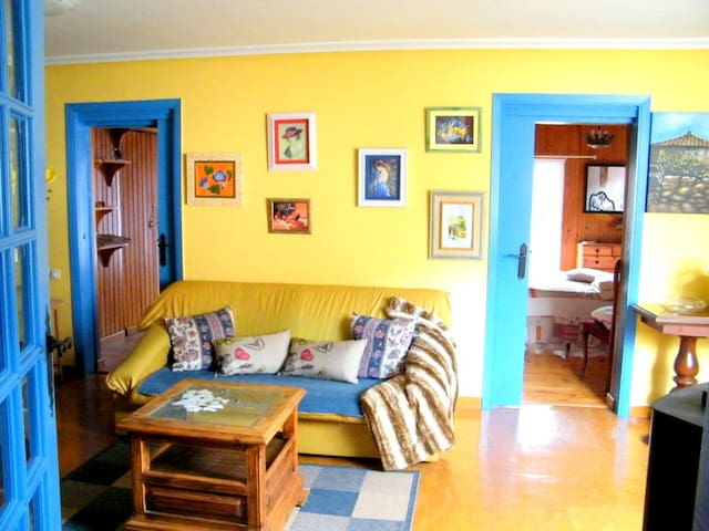 Bonita casa cerca de la Ciudad - Barbadás - House
