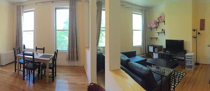 Charming 2BR 1.5BA with easy NYC access