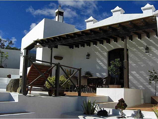 Villa Papaz