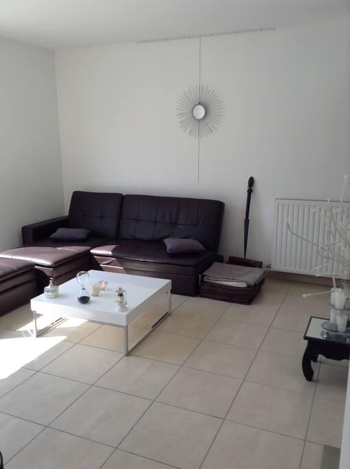 beau t2 lyon 5 proche perrache apartments for rent in lyon rh ne alpes france. Black Bedroom Furniture Sets. Home Design Ideas
