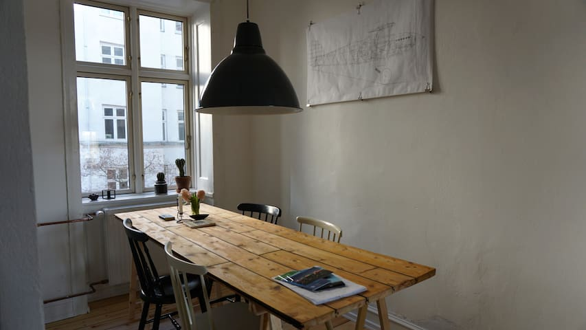 Bright and cosy apartment in central CPH